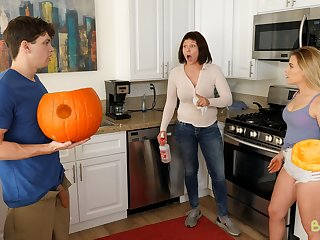 Pumpkin Fuck - S3:E11