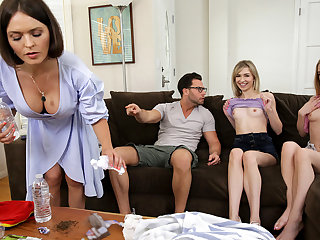My Friends And I Flash Our Tits To My Brother - S12:E3